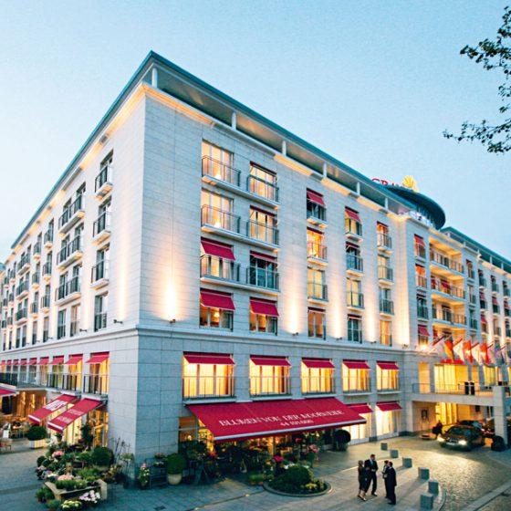 Auftritt der HIGHTONES IM Grand Elysee Hotel Hamburg